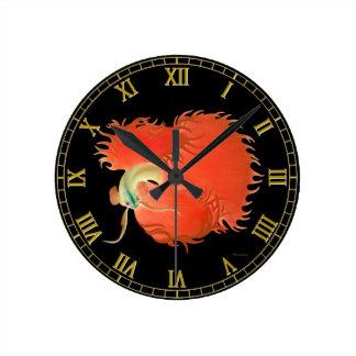 Reloj de pared rojo de los pescados de Betta que l