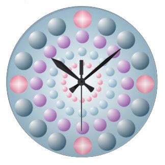 Reloj de pared rosado azul del lunar de la lavanda