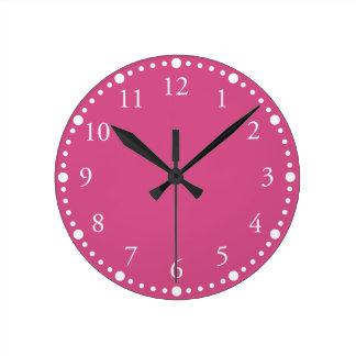 Reloj de pared rosado de Flambé