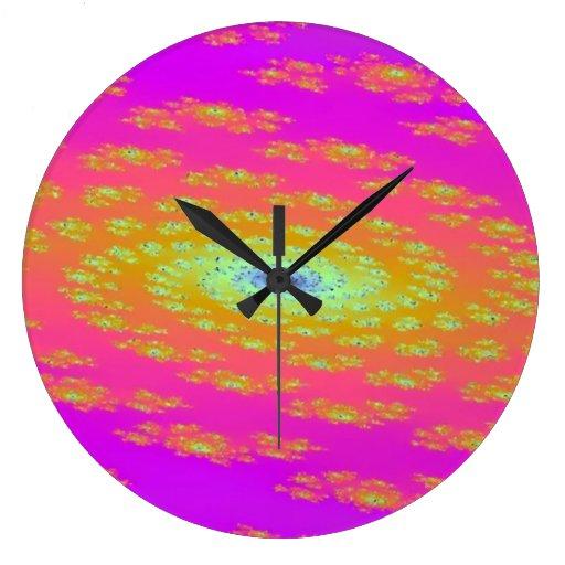 Reloj de pared rosado de la galaxia redondo