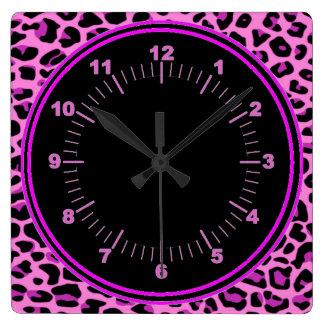 Reloj de pared rosado del leopardo