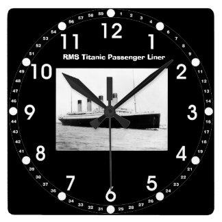 Reloj de pared titánico del trazador de líneas de