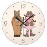 Reloj de pared trigueno de la vaquera y del caball