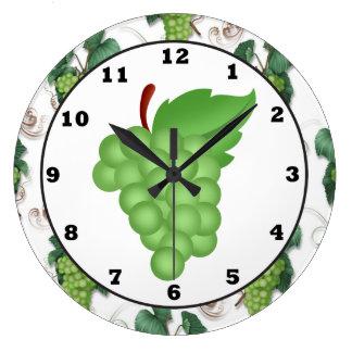 reloj de pared verde de la cocina de la uva