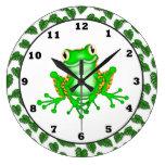 Reloj de pared verde de la rana arbórea