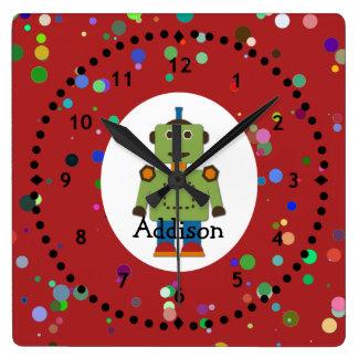 Reloj de pared verde del robot del muchacho