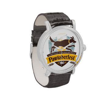 Reloj de Pawtoberfest