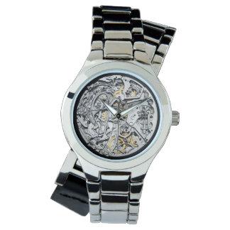 reloj de plata del mecanismo