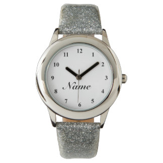 Reloj de señoras con la correa de plata del brillo