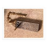 Reloj de sol, plata y oro portátiles, siglo X (d Postal