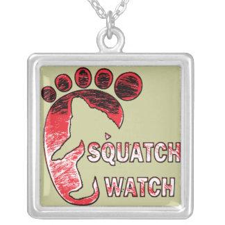 Reloj de Squatch Colgante Cuadrado