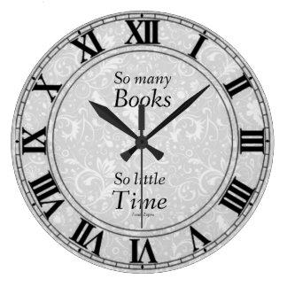 Reloj de tan muchos libros