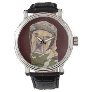 Reloj del amante del laboratorio del cazador