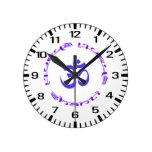 Reloj del anillo de OM Shanti - números estándar