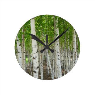 Reloj del árbol de abedul