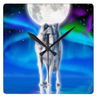 Reloj del arte de la fauna de la luna del lobo gri