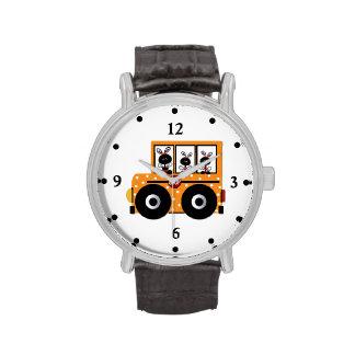 Reloj del autobús escolar de la mariquita del prof