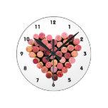 Reloj del corazón del corcho del vino