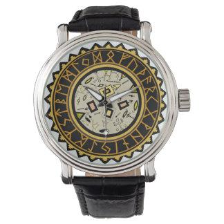Reloj del encanto de las brujas de la runa