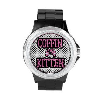 Reloj del gatito del ataúd
