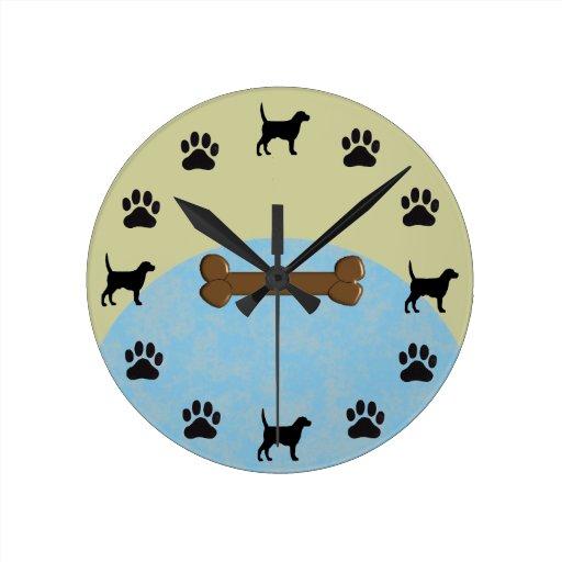 Reloj del labrador retriever