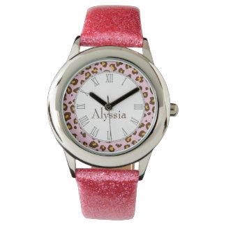 Reloj del nombre del rosa del estampado de