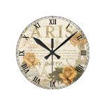 Reloj del número romano de los rosas de París del