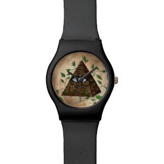 Reloj del ojo de la pirámide