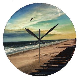 Reloj del pájaro de la libertad