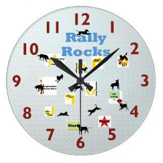 Reloj del perro de la reunión