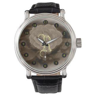 Reloj del rosa del monograma B&W