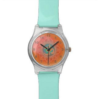 Reloj del símbolo de OM