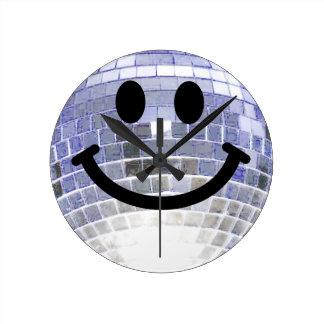 Reloj del smiley de la bola de discoteca
