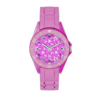 Reloj deportivo de los cráneos rosados del chicle