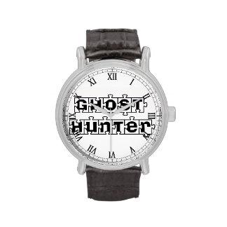 Reloj desconcertado del cazador del fantasma
