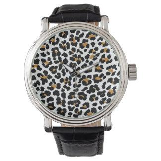 Reloj elegante del estampado leopardo