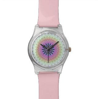 Reloj en colores pastel del medallón de los puntos