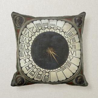 Reloj en el Duomo de Paolo Uccello Almohadas