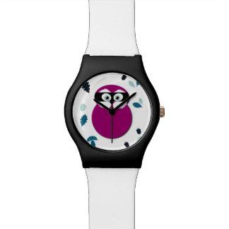 Reloj enmascarado del búho