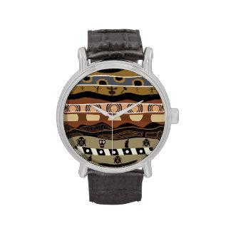 Reloj étnico nativo del modelo