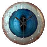 Reloj extraño del ojo azul de la diversión del ocu