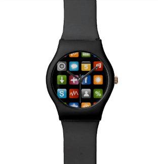 Reloj falso del smartphone con los iconos del app