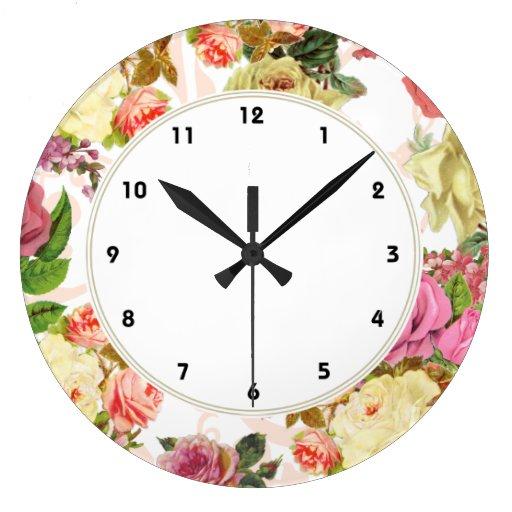 Reloj floral de los rosas de los rosas rosados del