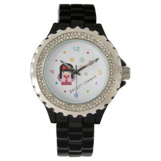 Reloj floral del geisha delicado y colorido