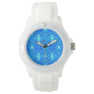 reloj geométrico azul brillante fresco