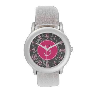 Reloj gráfico de los chicas del monograma del