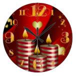 Reloj grande de tres velas del navidad
