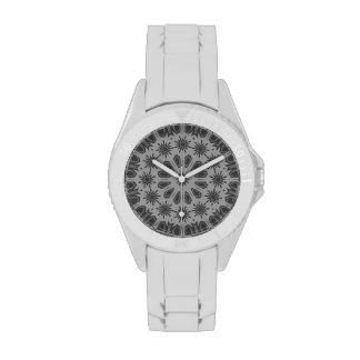 Reloj gris oscuro del modelo de mosaico