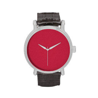 Reloj hecho frente escarlata