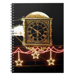 Reloj imponente en Navidad Libros De Apuntes